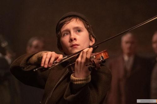 Премьера на канале «КиноСат».  «Песня имен» - две истории о музыкантах, переживших  Холокост
